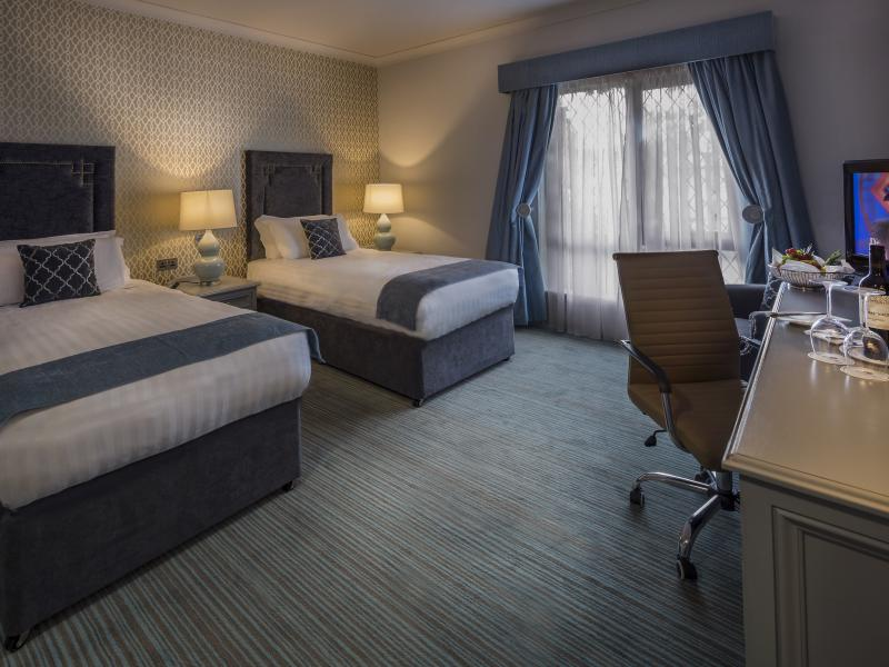 Twin Rooms in Clare, Twin Rooms near Limerick, Hotel Near Shannon Airport, Hotel Near Bunratty