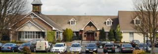Close to Shannon Airport - Thomand Park - Shannon Smithstown Industrial  Bunratty Castle & Folk Park